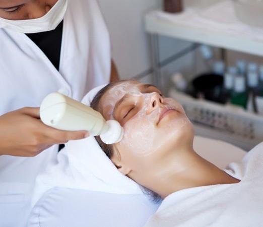 Обучение аппаратной косметологии (брашинг, дарсонваль, гальваника, ионофорез, миостимуляция) - 6 часов