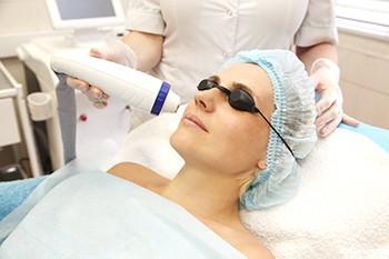 Курс лазерной физиотерапии в косметологии - 8 часов