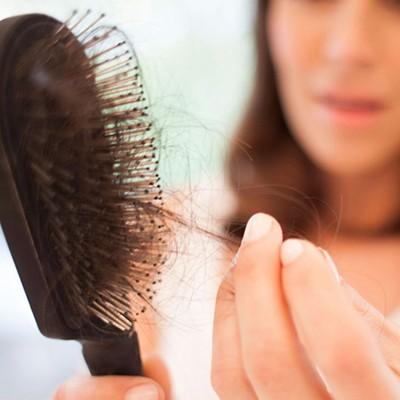 Проблема выпадения волос: что делать?